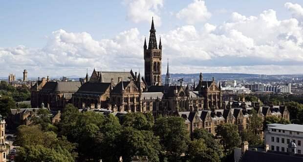 9 университетов Великобритании, которые больше похожи на волшебные замки