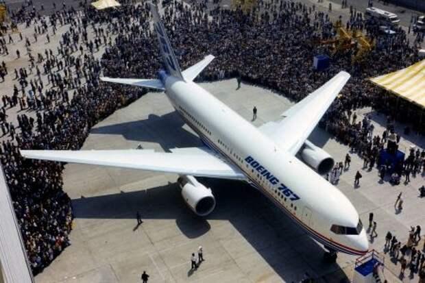 Первая презентация Boeing 767-200