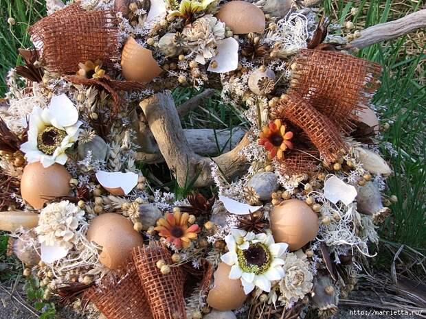 Пасхальные венки. Основа для венка из яичных лотков (19) (700x525, 492Kb)