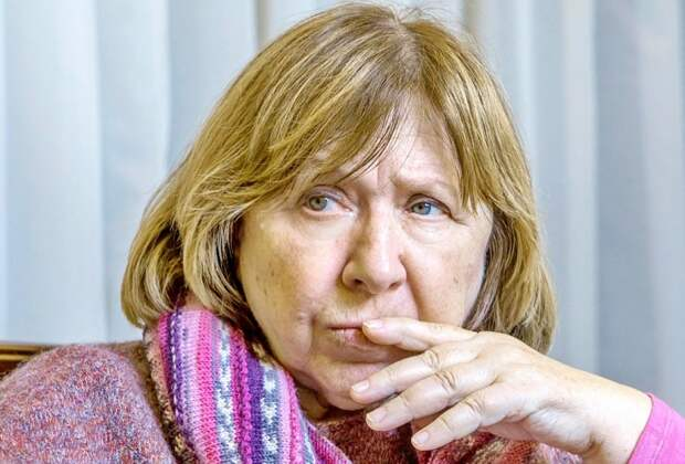 В ответ истерящей Алексиевич из России не только ахеджакнуло, но и жёстко прилетело