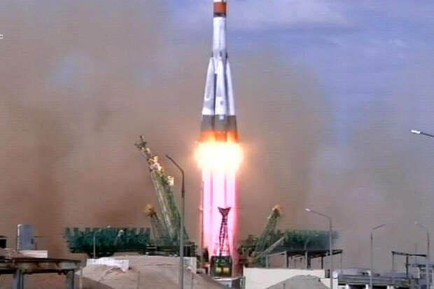 Состоялся первый пуск ракеты-носителя «Союз-2.1а» с космодрома Байконура