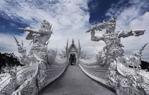 Белый храм: самое удивительное буддийское сооружение в мире (фото + текст)
