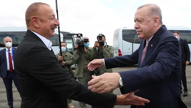 Алиев и Эрдоган подписали Шушинскую декларацию о союзнических отношениях.Легли под Турцию полностью!