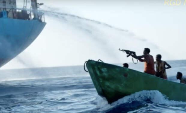 300 советских морпехов отбили у пиратов желание нападать на суда СССР