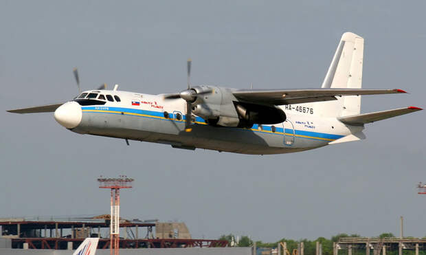 Polet_Antonov_An-24_Misko-1