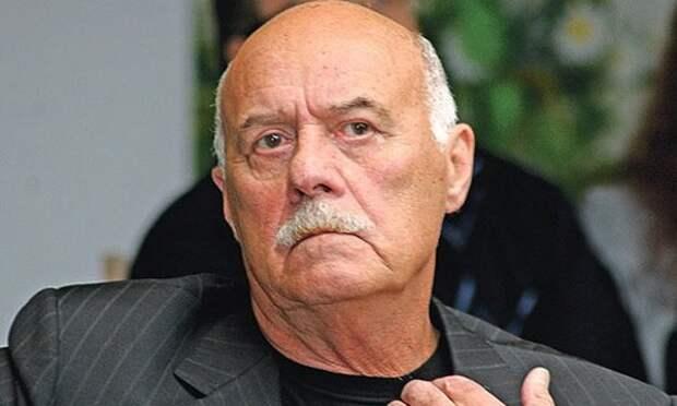 Говорухин предложил ограничить показ американских фильмов в РФ