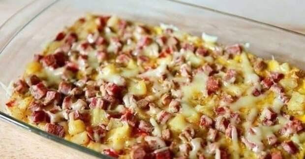 Фриттата по-испански. Аппетитное блюдо с ветчиной, картофелем и перчиком 2