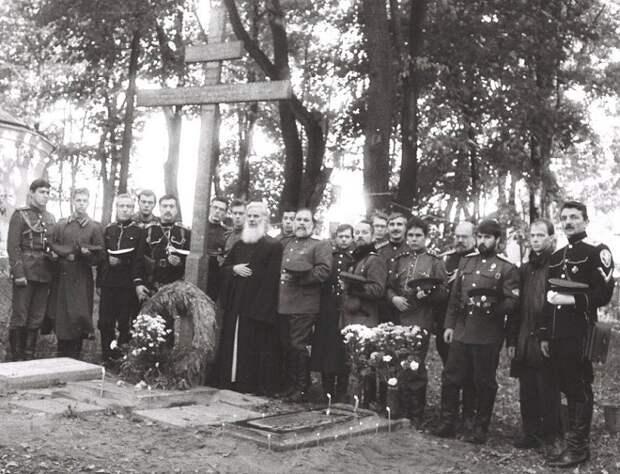 Зачем Сталин уничтожил в Москве кладбище героев Первой мировой