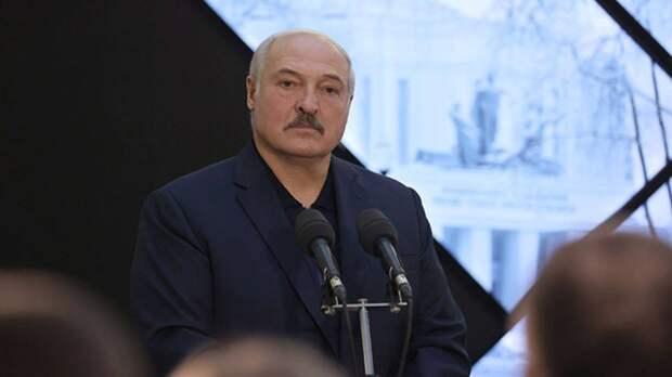 Лукашенко: Минск и Москва будут бороться с милитаризацией вдоль западных границ Белоруссии