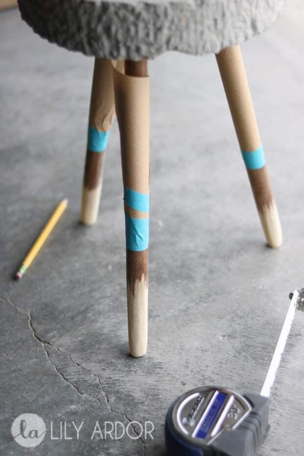Стул (Стол?) из трёх палок (DIY)