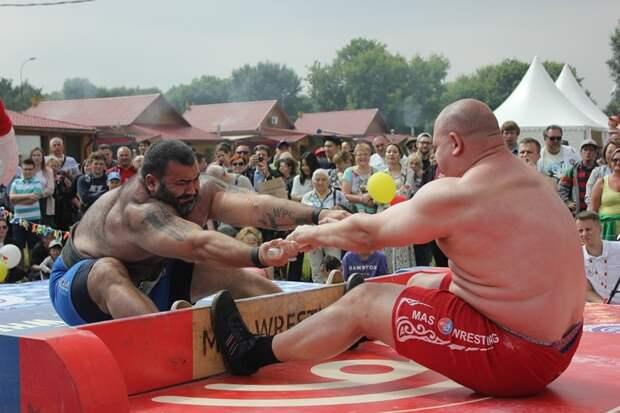 В Москве встретили лето по-якутски