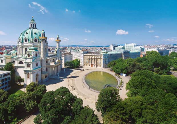 Католическая церковь Карлскирхе - один из символов города