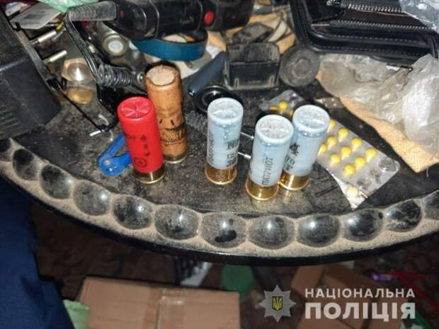 В Алешках полиция выясняет обстоятельства стрельбы