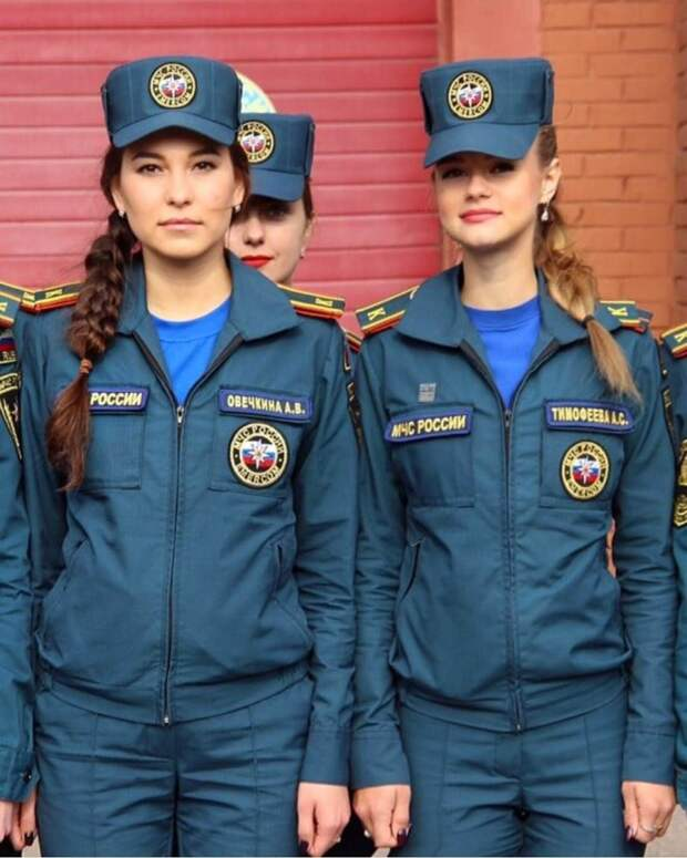 Обворожительные девушки из МЧС РФ