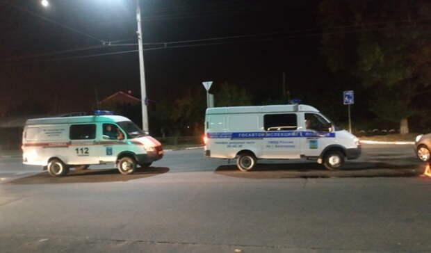 Hyundai снес ларек после столкновения с Mazda в Нижнем Тагиле