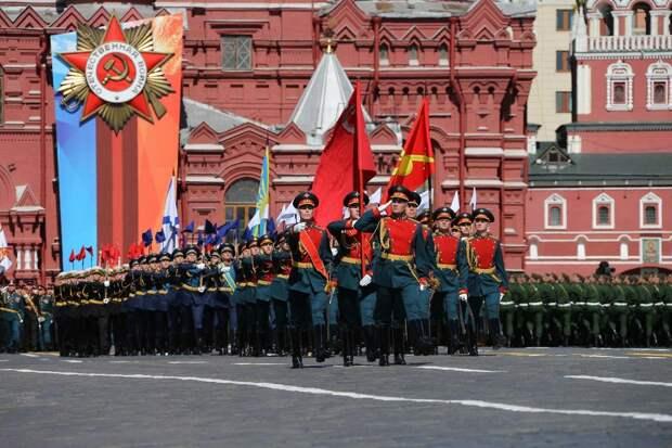Иностранные гости увидят Парад Победы на социальной дистанции