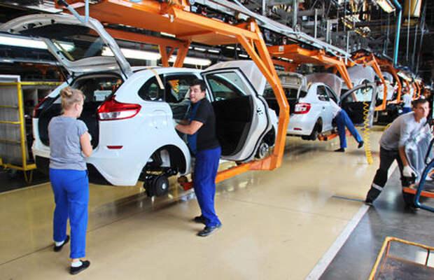 Доля импортных автомобилей в России упала до 17,8%