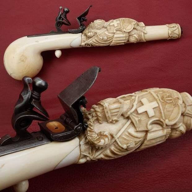 Швейцарский пистолет, флинтлок, слоновая кость, 18 век. искусство, огнестрел, оружие, старинное