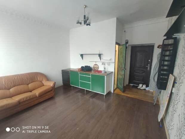 Комнату в стремной общаге переделали в студию. Часть 2