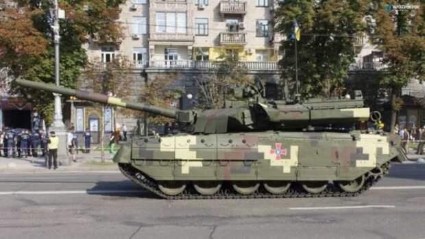 В Киеве заглох танк с орудием натовского калибра (ВИДЕО)