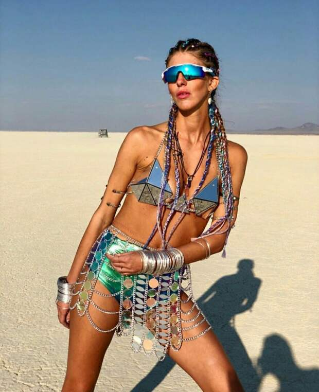 Костюмы  Burning Man 2018