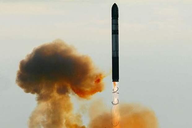 Ради членства в НАТО Киев вместе с Америкой готов устроить ядерный Армагеддон