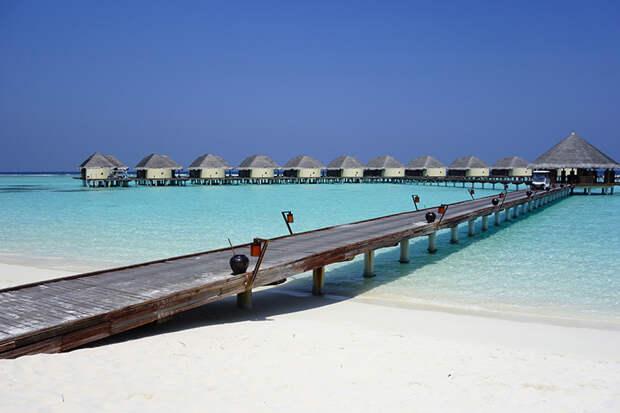 На фото: потрясающие пейзажи Канухуры на Мальдивах.