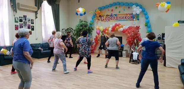 Пенсионеров Алтуфьева приглашают на занятия зумбой