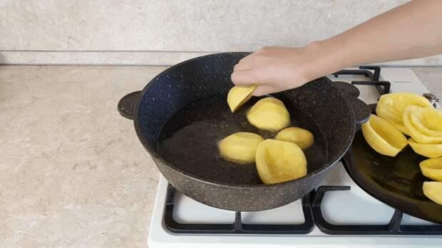 Картофельные лодочки — потрясающее блюдо из обычных продуктов