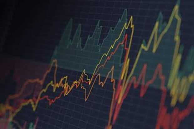 Санкт-Петербургская биржа проводит торги ценными бумагами международных компаний 8 марта