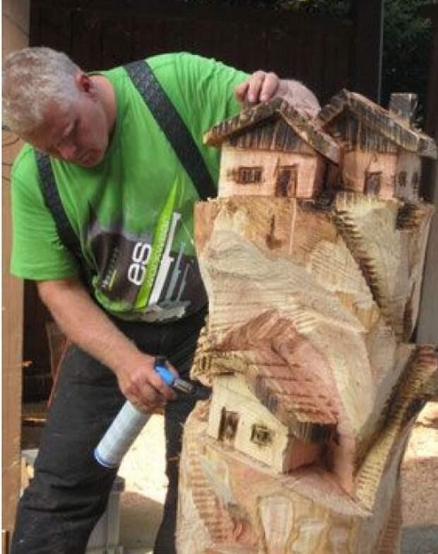 Талантливый человек даже из пня может сотворить произведение искусства!