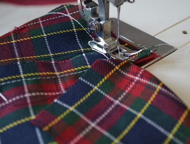 Обработка внутреннего бокового кармана платья, шаг 11