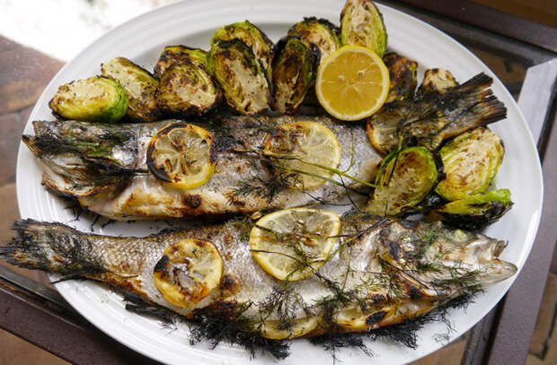 Хитрости приготовления целой рыбы