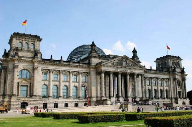 Германия не собирается выстраивать энергетическую политику в соответствии с интересами Украины