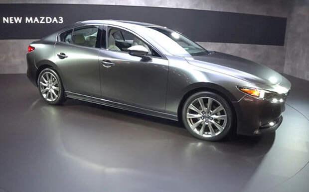 Новая Mazda3 дебютировала в Лос-Анджелесе (видео)