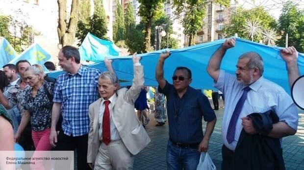 «Марш на Крым» перенесен: Джемилев озвучил планы по прорыву на полуостров