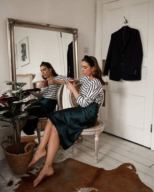 Атласная юбка – 12 образов, как выглядеть шикарно каждый день