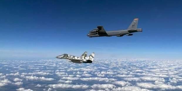 Стратегические бомбардировщики США будут регулярно патрулировать небо над Украиной