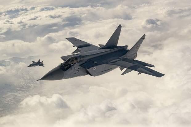 Вид из кабины: полет МиГ-31 в стратосфере сняли на видео