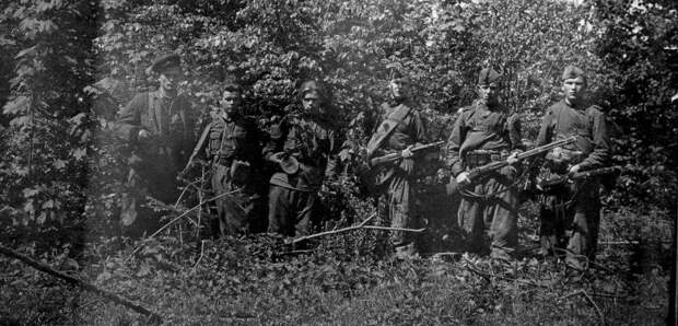 Украинские нацисты на службе у Третьего рейха