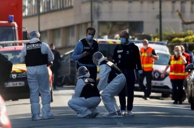 После убийства в Рамбуйе задержаны три человека из окружения злоумышленника