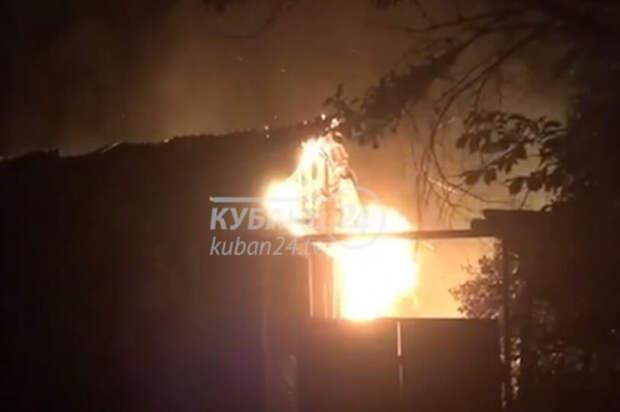 В Горячем Ключе потушили пожар