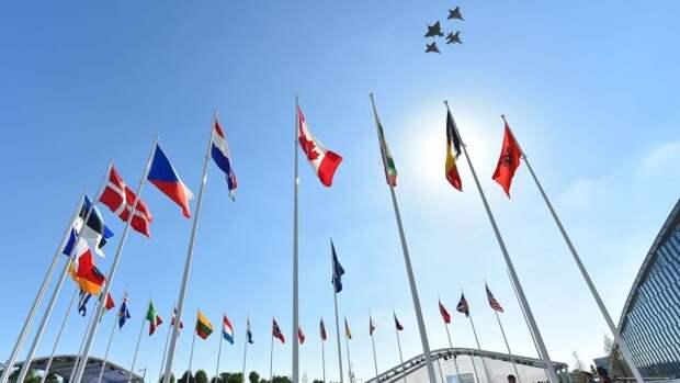 НАТО нужно США для контроля над Европой