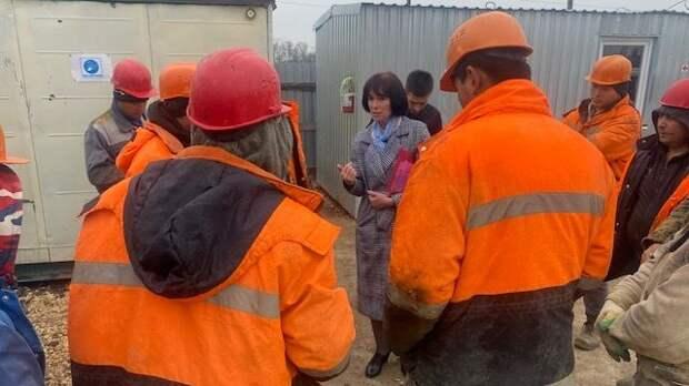 Специалисты Госкомнаца Крыма посетили места осуществления трудовой деятельности иностранных граждан