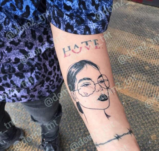 «На Щеглову похожа!»: Никита Рудаков из «Дома-2» опять облажался, набив на руке портрет своей девушки Алины Галимовой