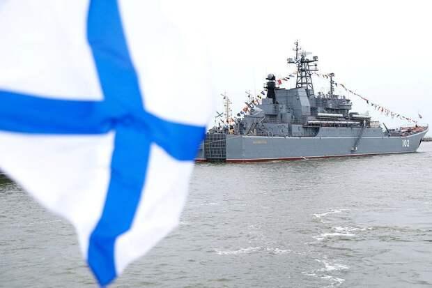 Путин подписал указ о внесении изменений во флаги ВМФ России