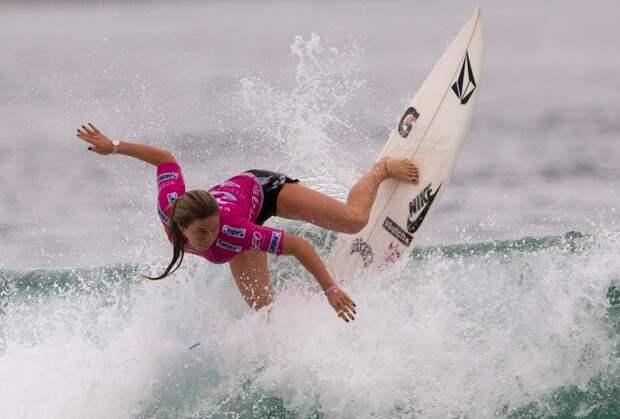 Сёрфингистка