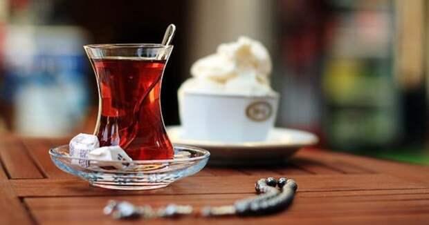 В Турции подчиненный пытался заразить своего шефа коронавирусом черезчай