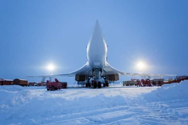Крылья Арктики: как российские самолеты и вертолеты вернулись на Север