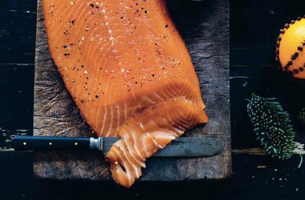 Солим лосося у себя дома: 6 способов